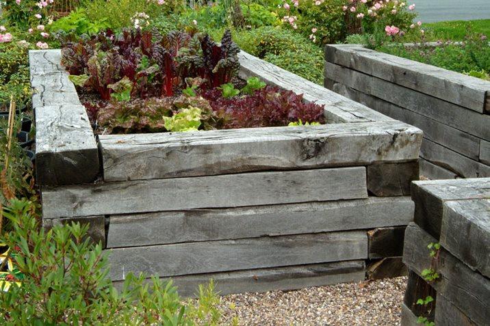 raised bed accessible garden wheelchair user